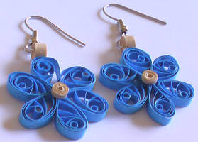 Blue Quilled earrings by Craftcove