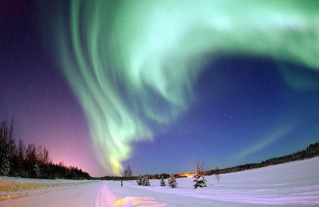 Aurora Borealis by denindra