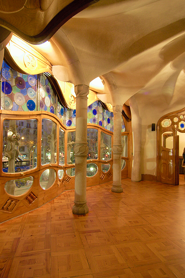 Casa Batllo interior by scoiattolissimo on DeviantArt