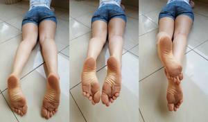 Natural Dirty Feet by lightxyz