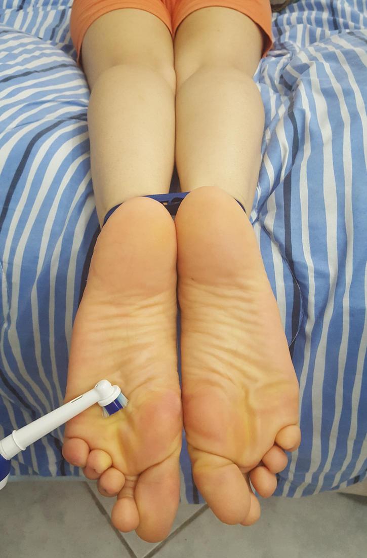 Tickle orgasmo su soles video