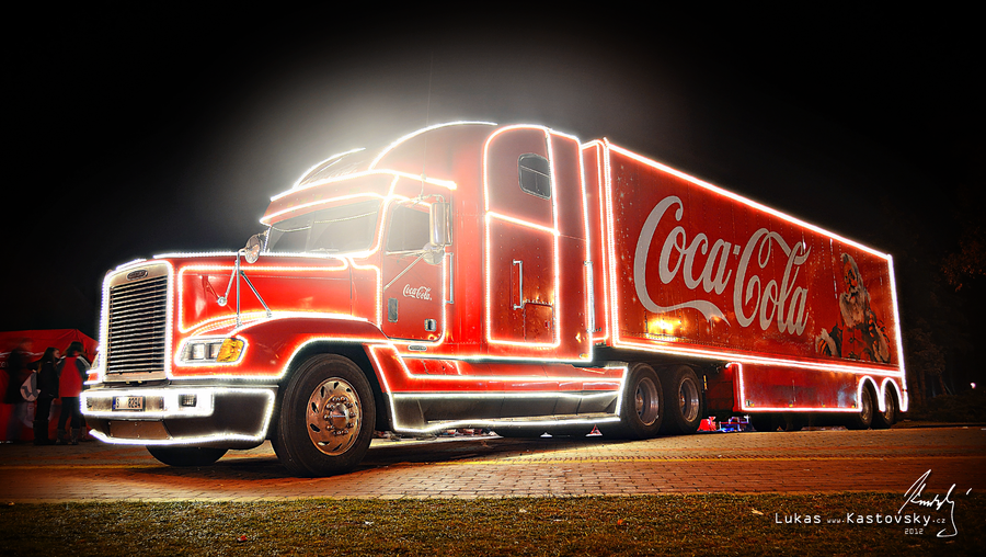 coca cola weihnachts truck coca cola weihnachtstour 2016. Black Bedroom Furniture Sets. Home Design Ideas