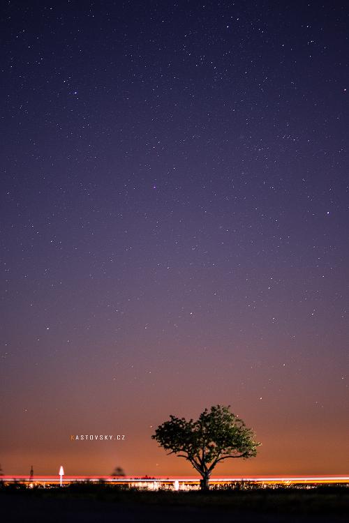 Under the stars by Zavorka