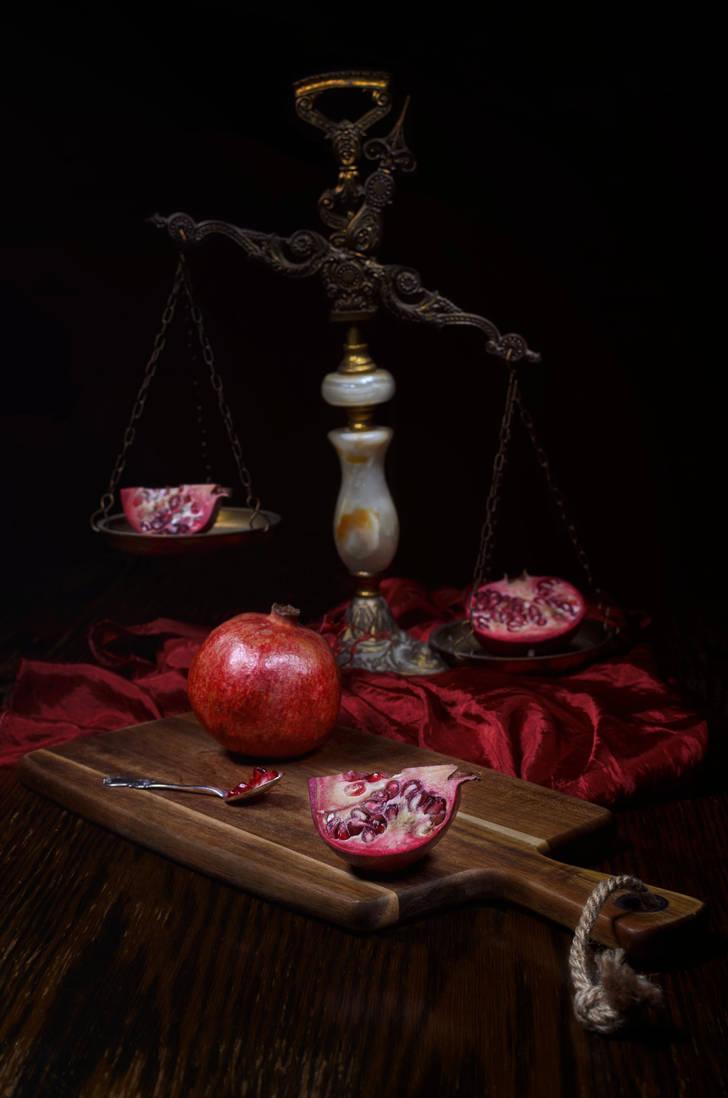 Explosive taste of pomegranate by PaVet-Photography