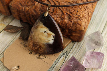 The King - hand painted pendant by LunarFerns