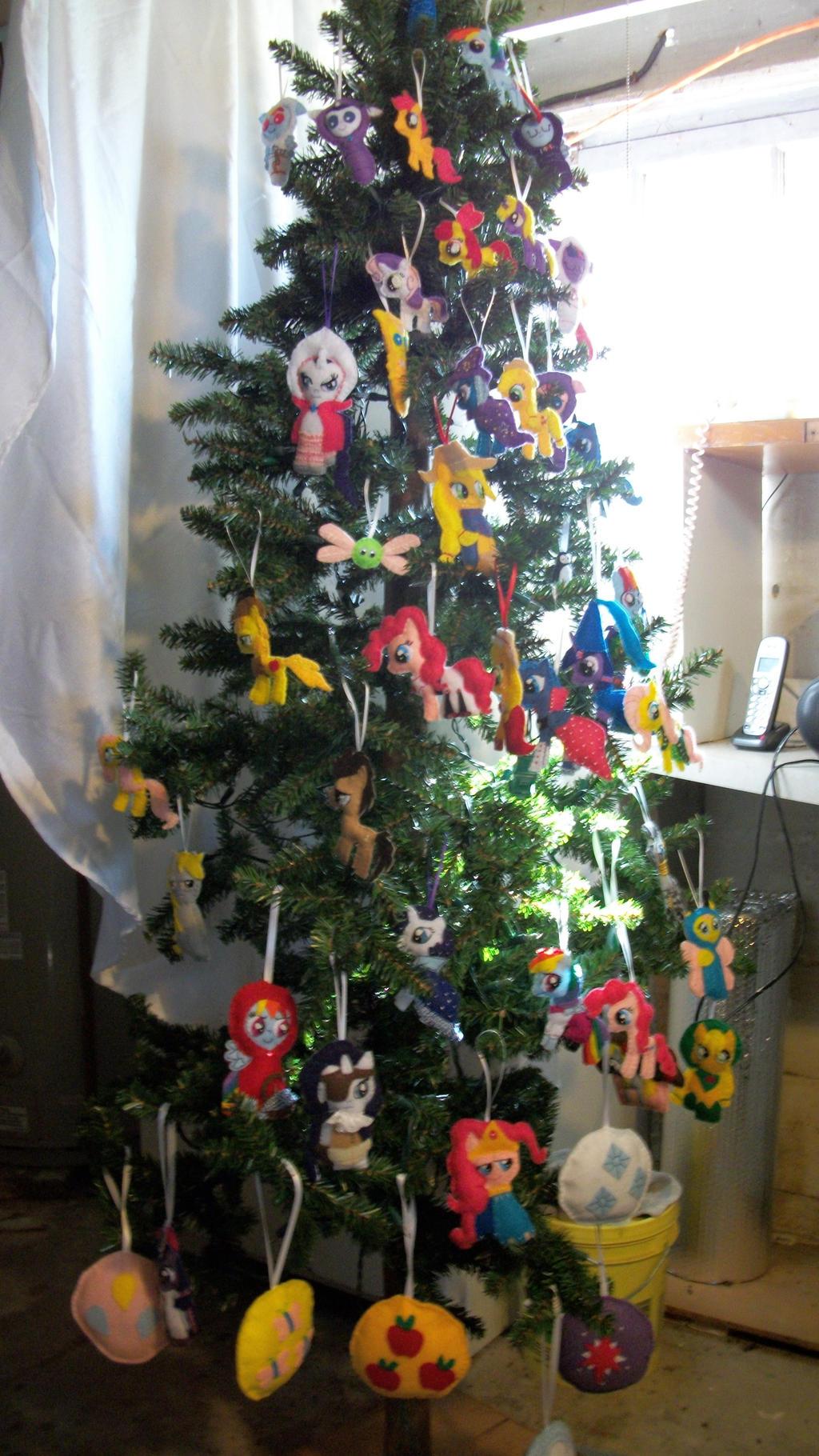 MLP-FIM PONY ORNAMENT TREE by grandmoonma