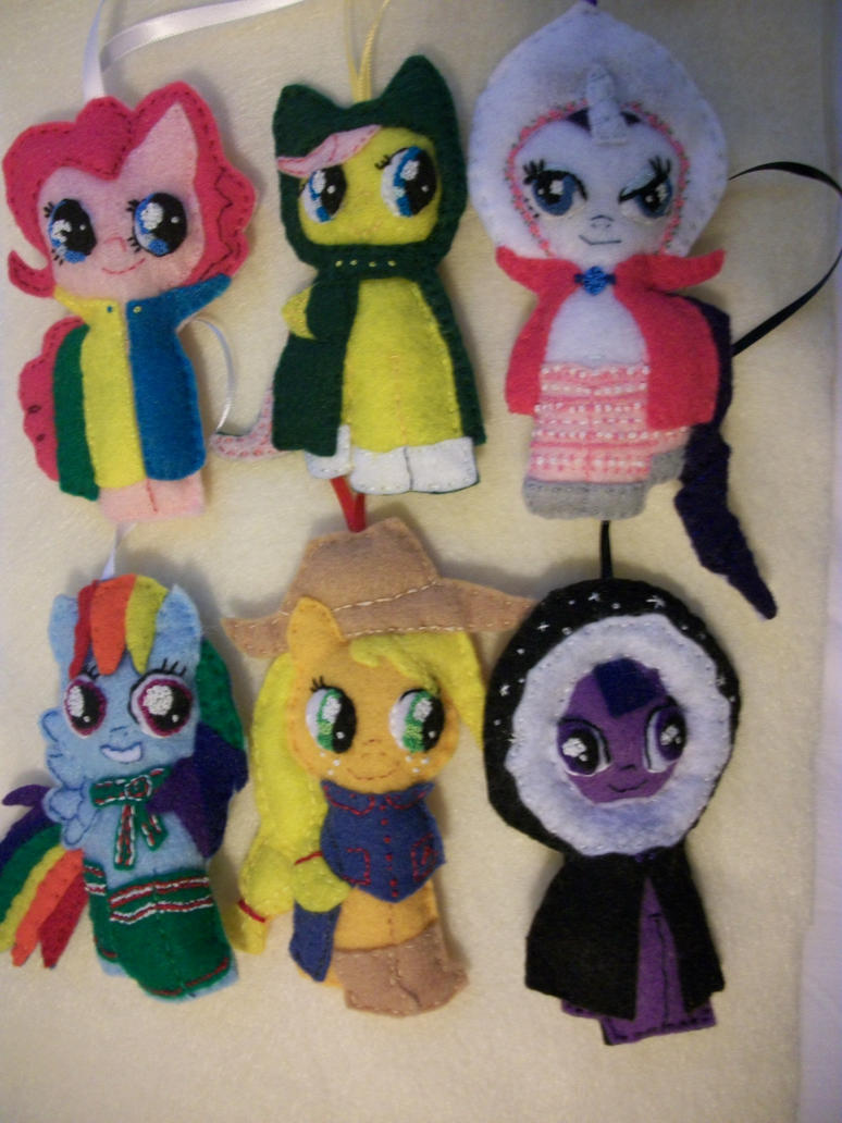 Mane Six in Keeping Warm ornament series by grandmoonma