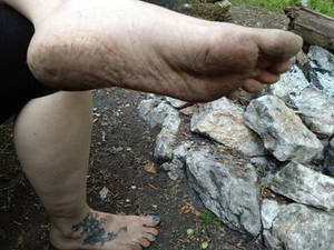 Barefoot in nature 3 2018