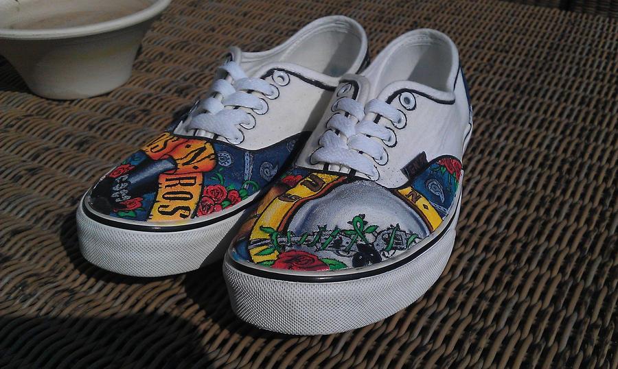 vans n roses shoes