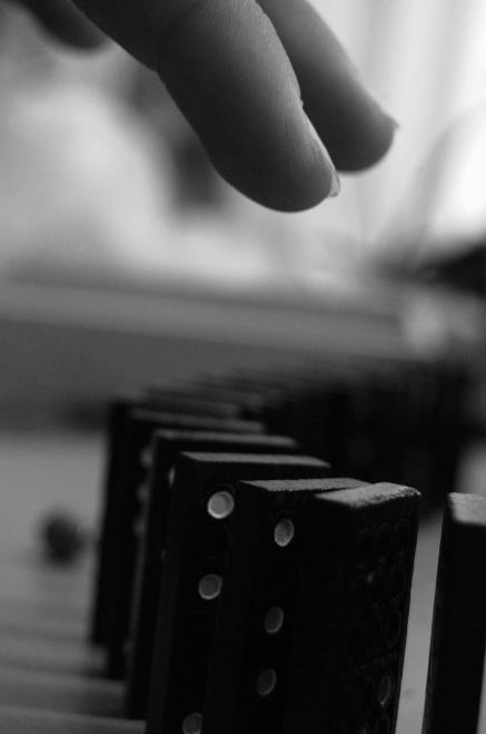 Domino by Veronikoid