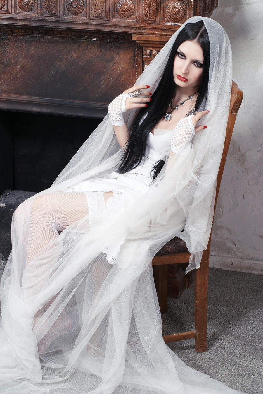 Anett Frozen Bride Ghost by anettfrozen
