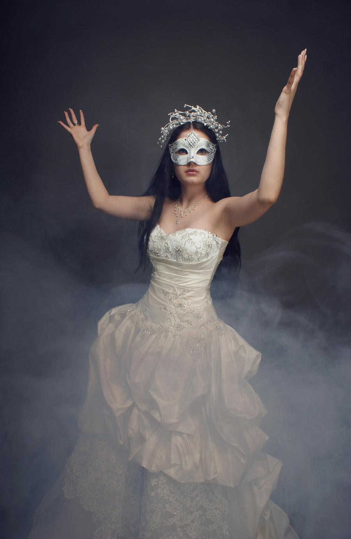 Anett Frozen Ice Queen