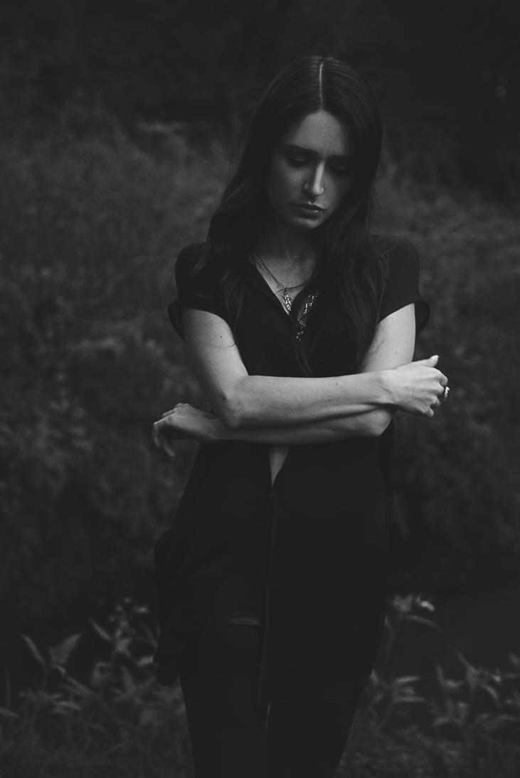 Gloomy by anettfrozen