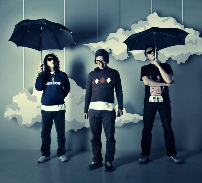 hujan jangan marah by TOYIB