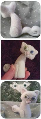 Pangur Ban :: Odd-eyed cat