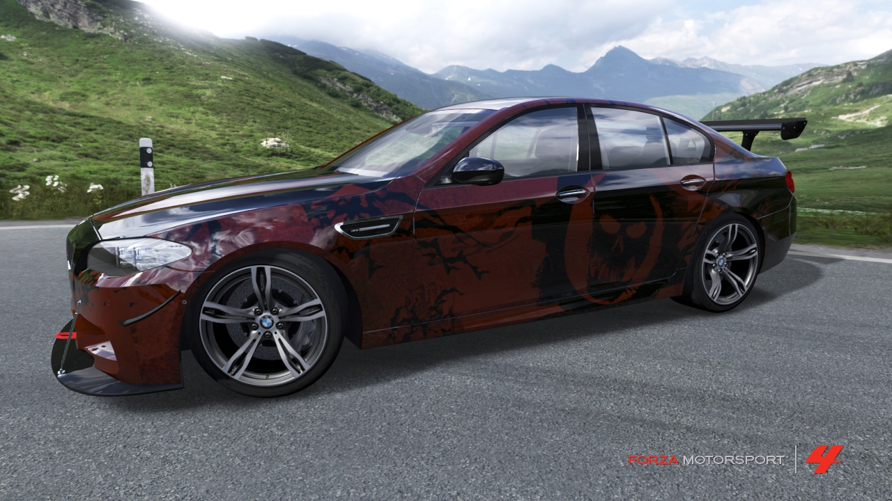 Gears 3 BMW M5 by Appletart-Longshot
