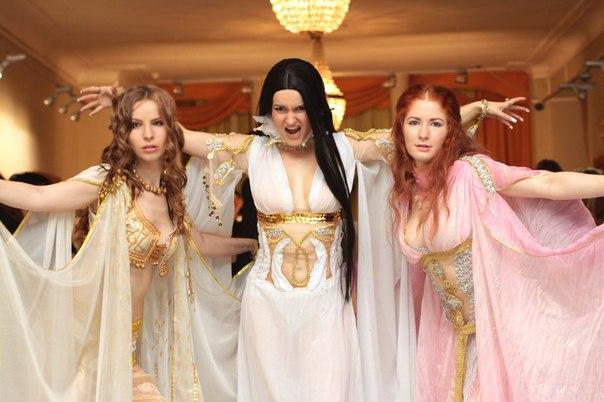 Marishka,Aleera,Verona cosplay from Van Helsing by Nemu013
