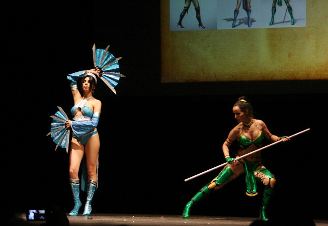 Kitana and Jade MK alternate cosplay by Nemu013