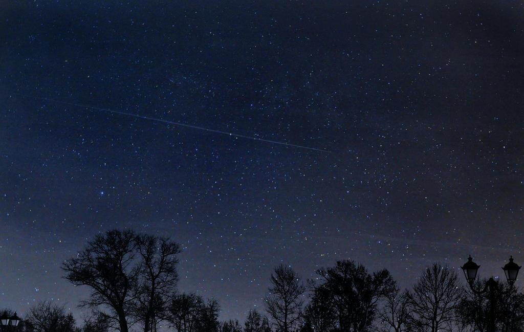 Through the skies by Mayolika-Das