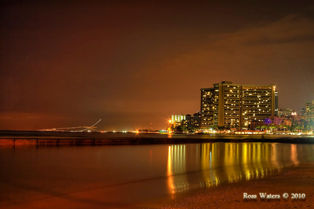 Honolulu Beach at Night by rdw283