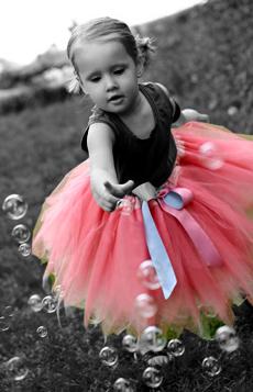 Razbijemo monotoniju bojom - Page 3 Girl_in_Tutu_Color_Splash_by_WiccaGirls