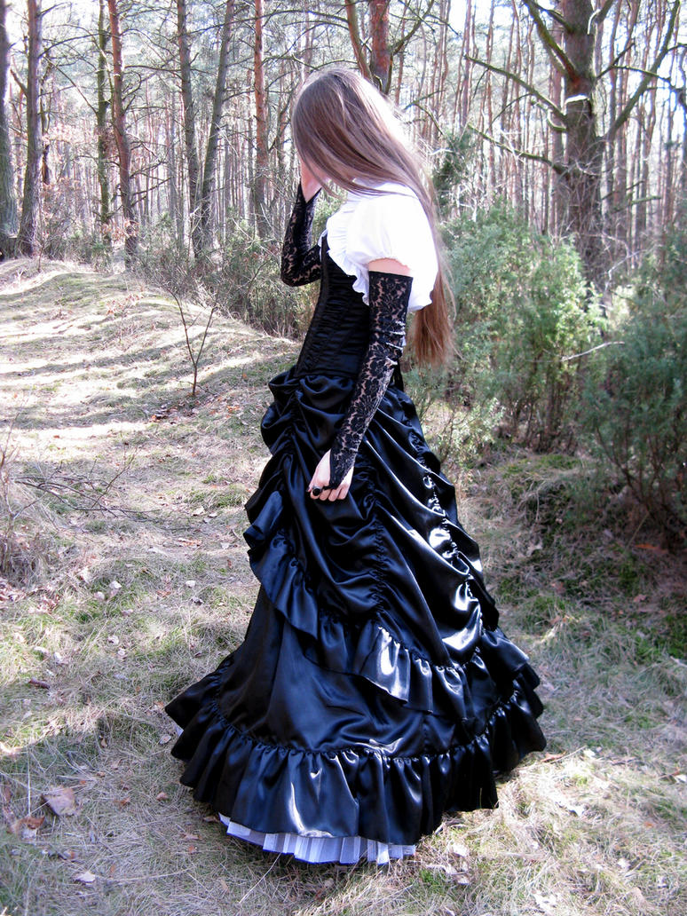 Gothic Dream by Violet-Pandorah