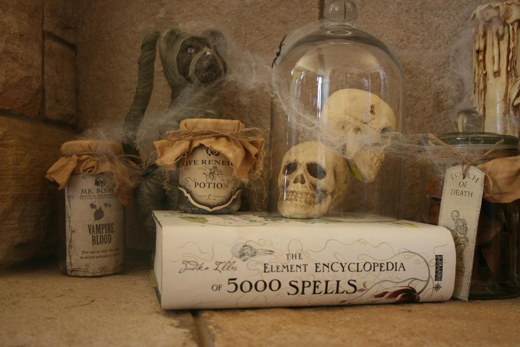 Halloween 7 by jayderosalie