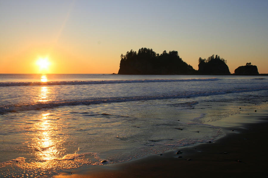 La Push Beach Sunset by IsabelIntangible