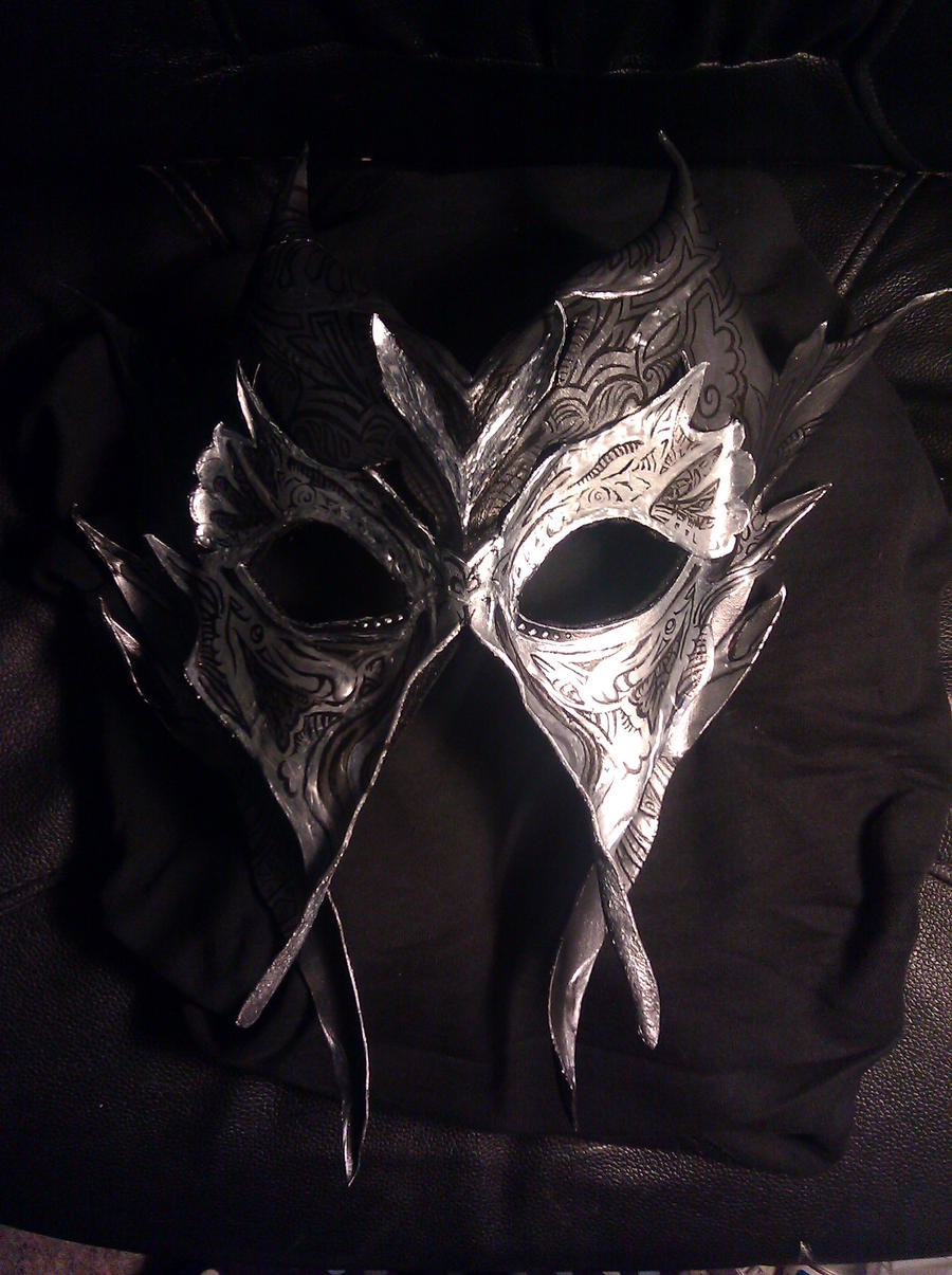 Mask of Avacyn by Petrichora