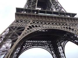Eiffel Tower by Vamaena