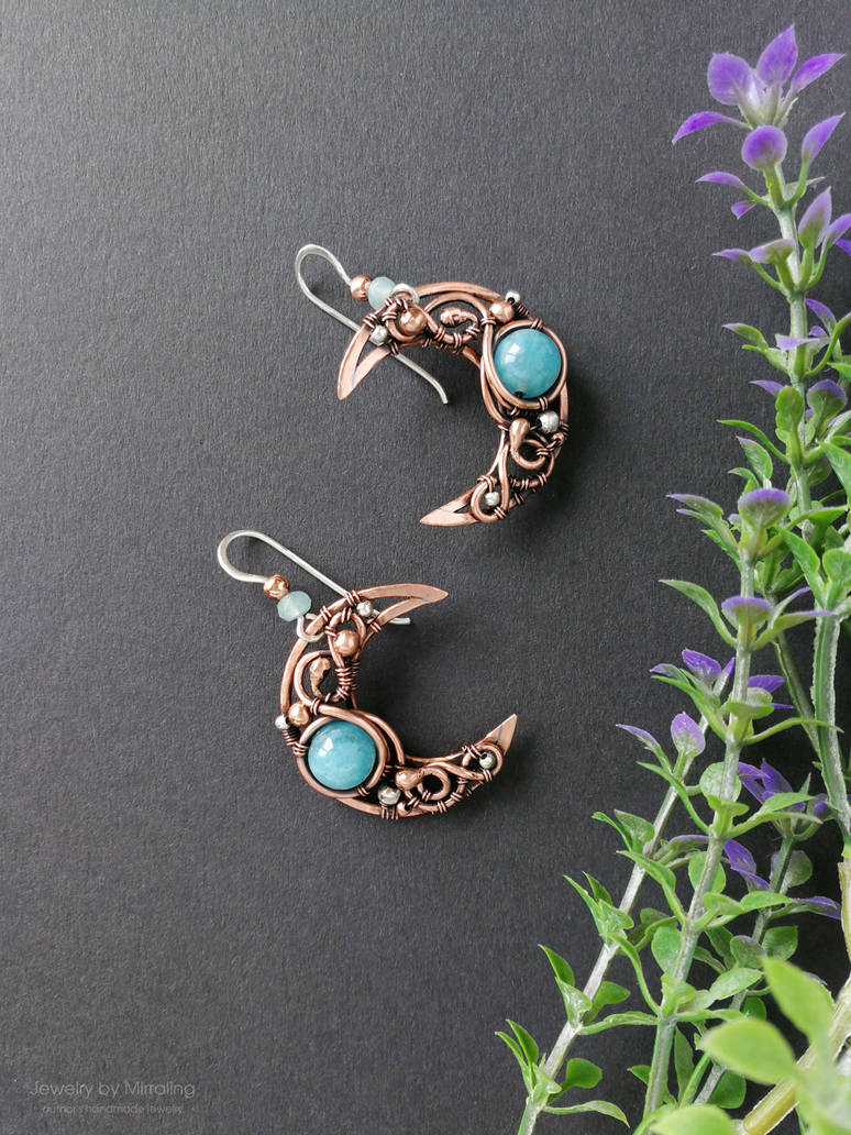 Moon earrings with small sterling silver stars by mirraling