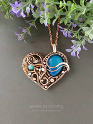 Heart shape pendant by mirraling