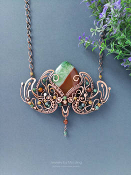 Blooming lotus necklace