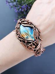 Cuff bracelet with rainbow labradorite
