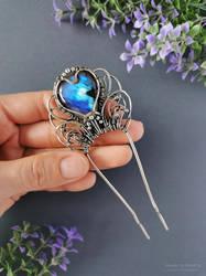Silver hair stick with blue labradorite