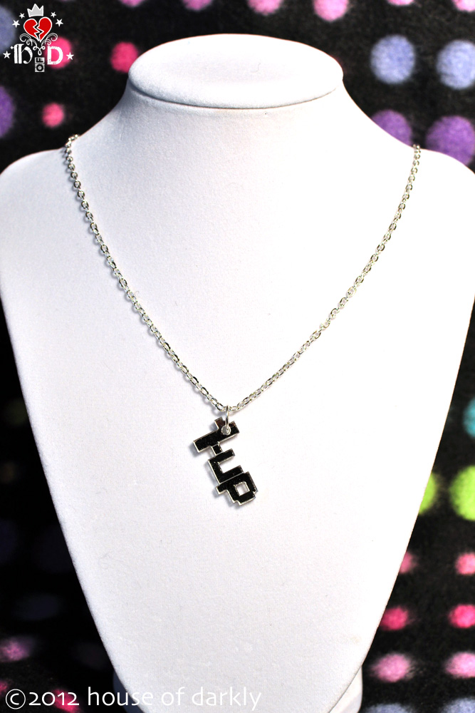 1UP one-up pixel necklace by brokensymphony