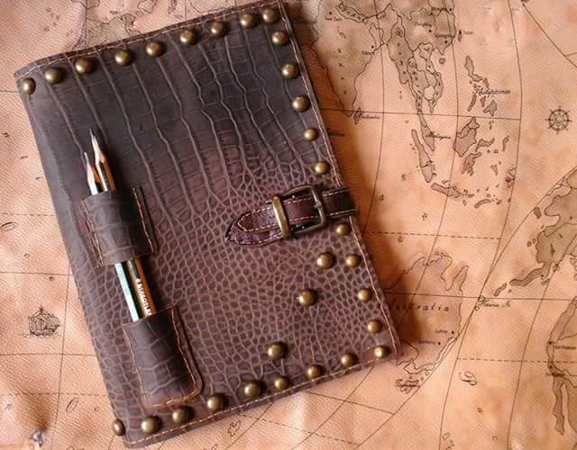 leather notebook! by maria-ana-m
