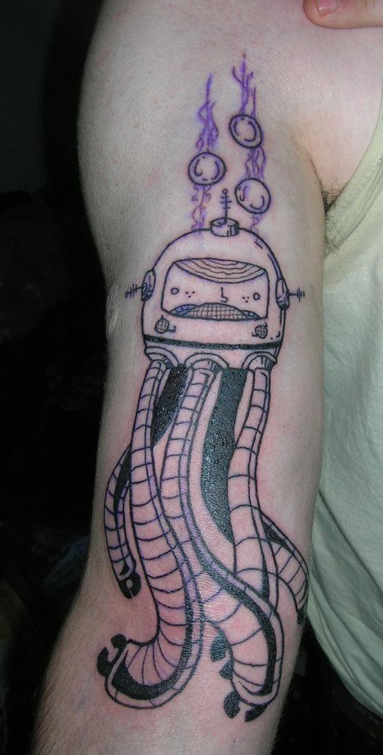 MArcus' Robo-Squid Tattoo by scumbugg