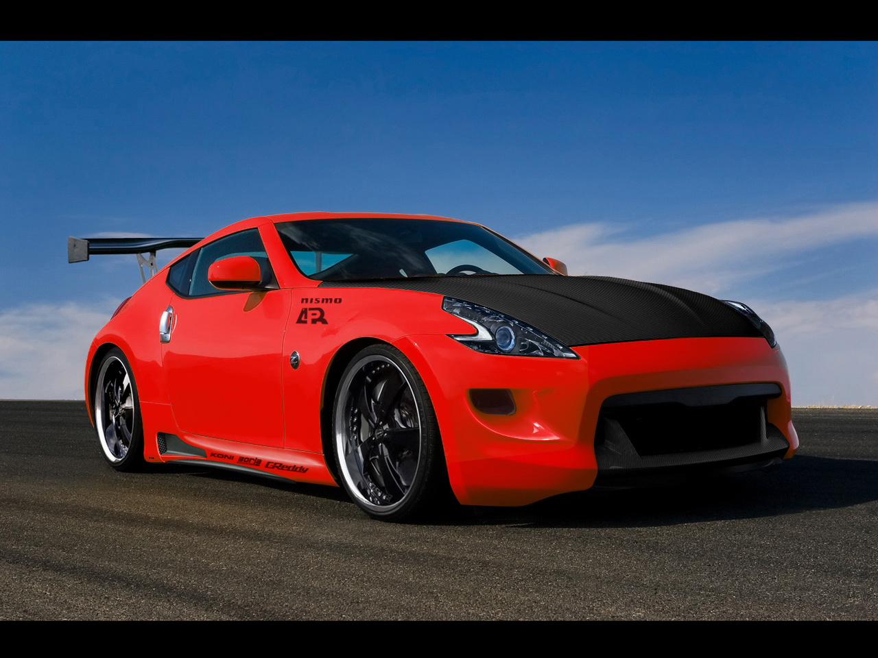 Nissan 370Z Wallpaper by DjHeAt on DeviantArt