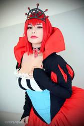 madam red by hinatamacedo17