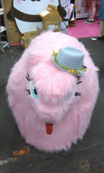 Fluffle Puff... with a HAT!