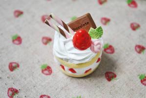 Strawberry Field by li-sa