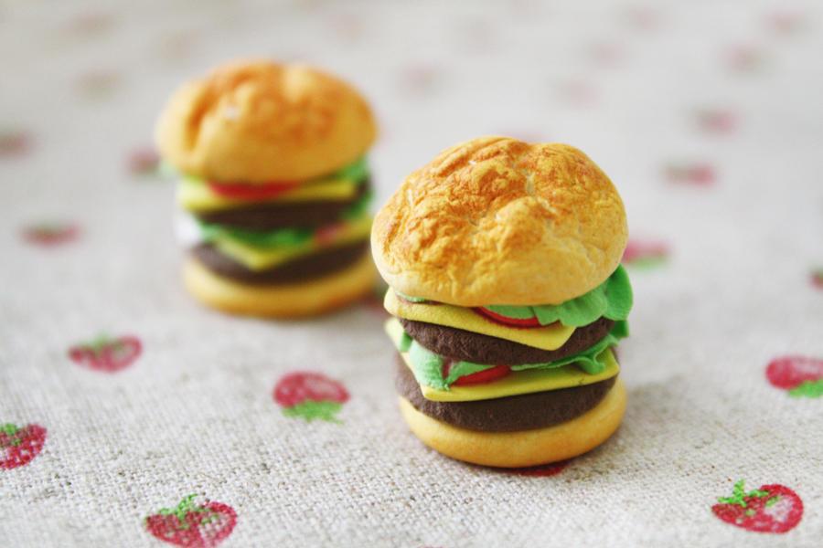 Burger Love by li-sa