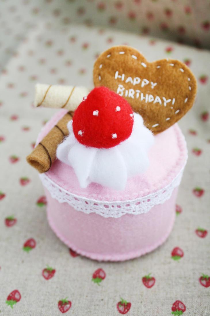 Strawberry Chocolate Cake by li-sa