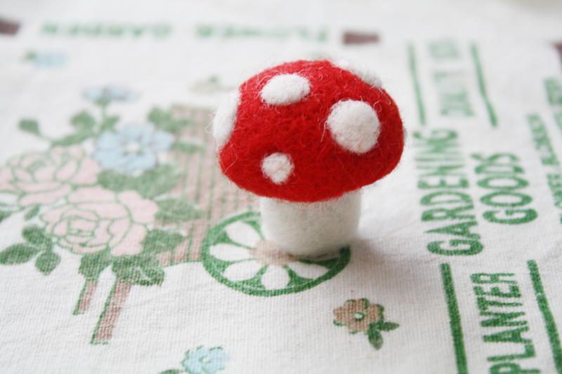 Mushroom Needle Felting by li-sa