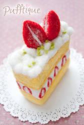Strawberry Slice Cake by li-sa