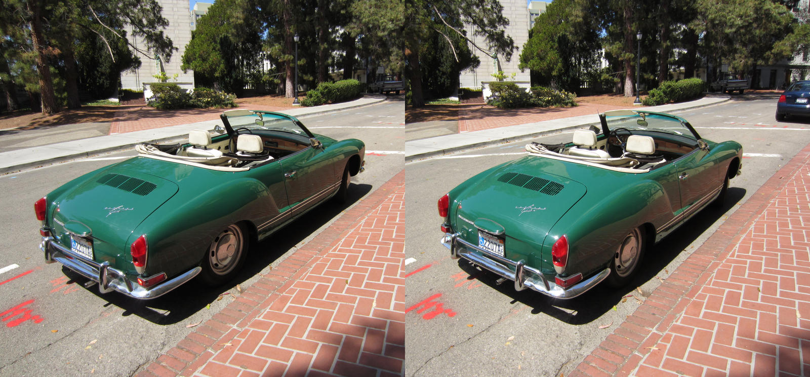 Stereograph - Green Car by alanbecker