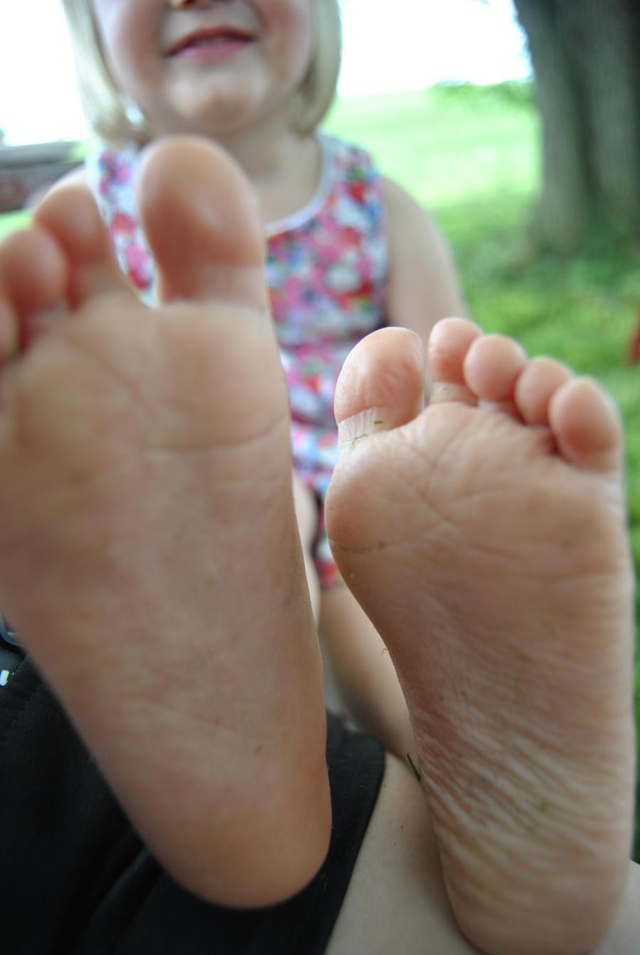little feet by mollymaloney on deviantart