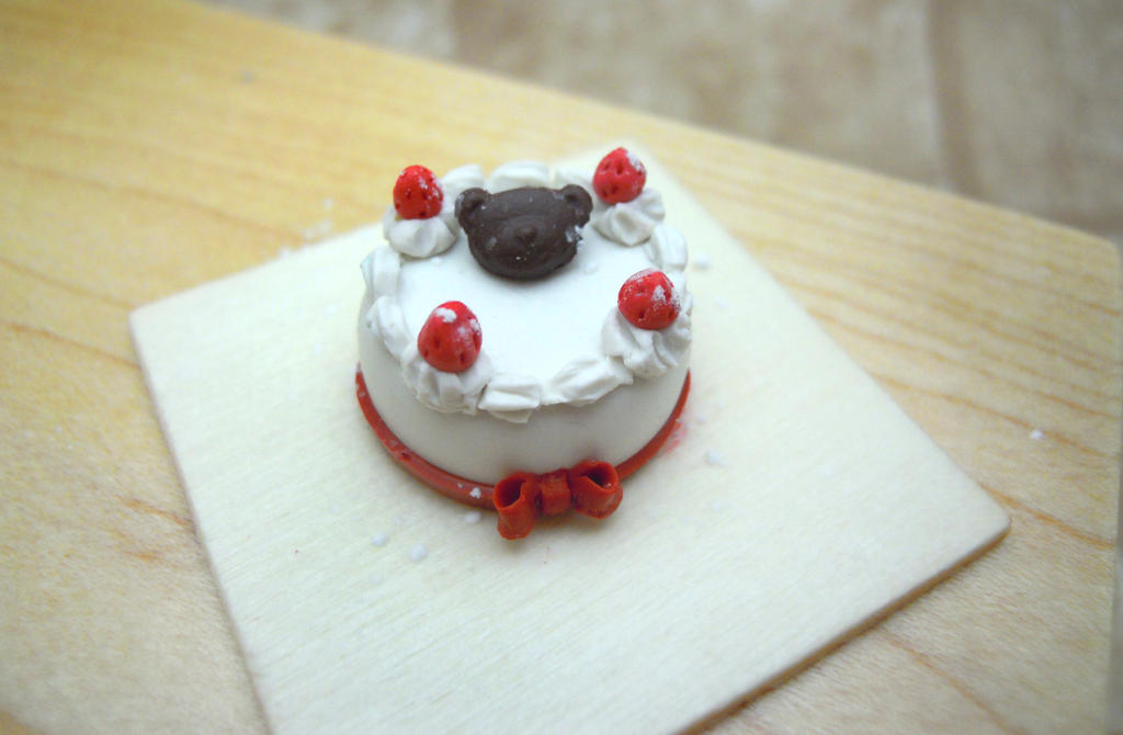 Teddy Bear Christmas Cake (WIP) by SmallCreationsByMel