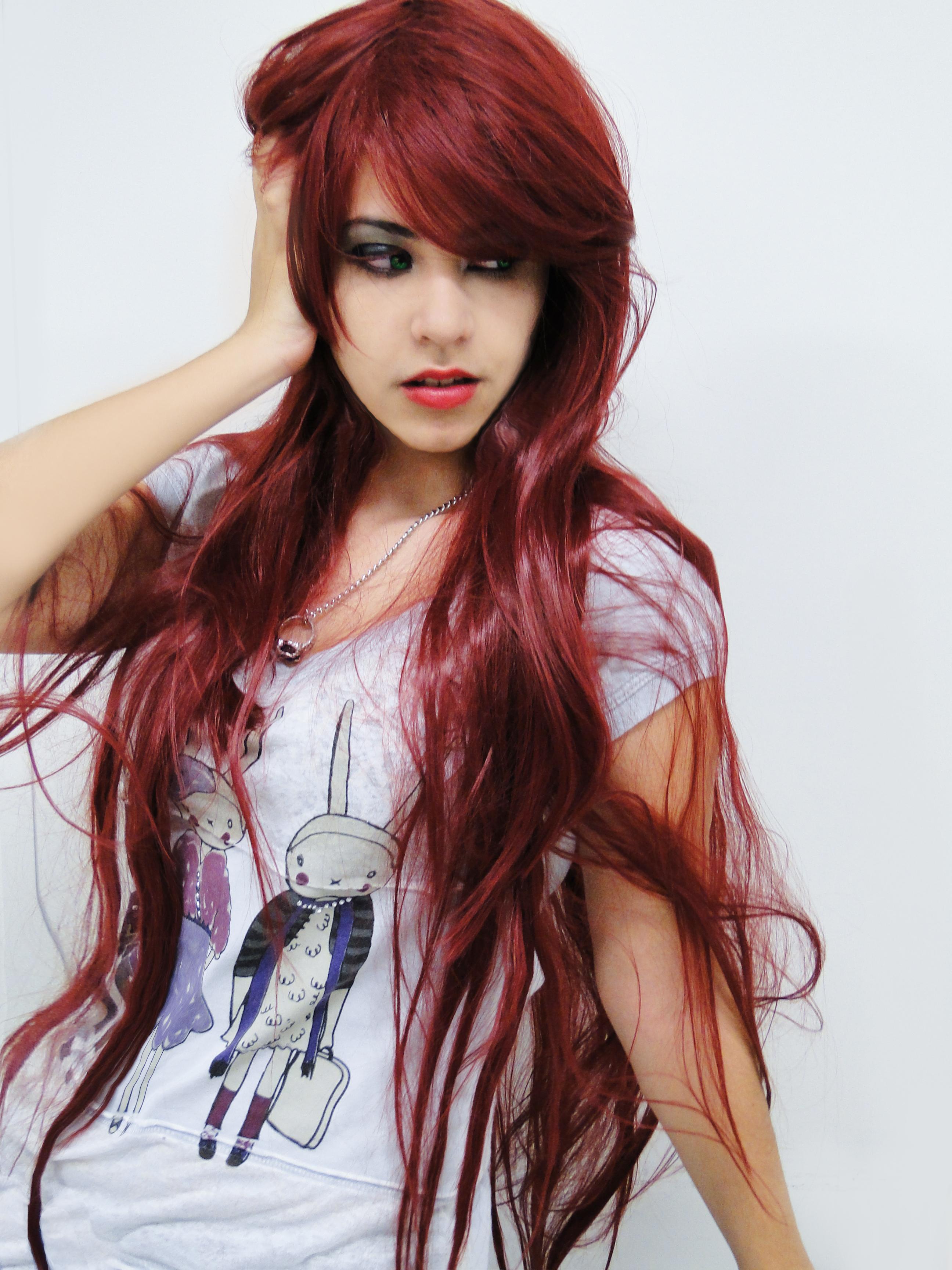 Baño De Color Rojo Sobre Castano Oscuro:Peinados De Cabello Largo